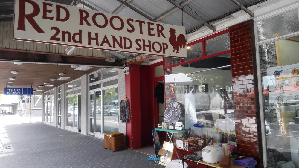 oamaru-secondhand-red-rooster.jpg