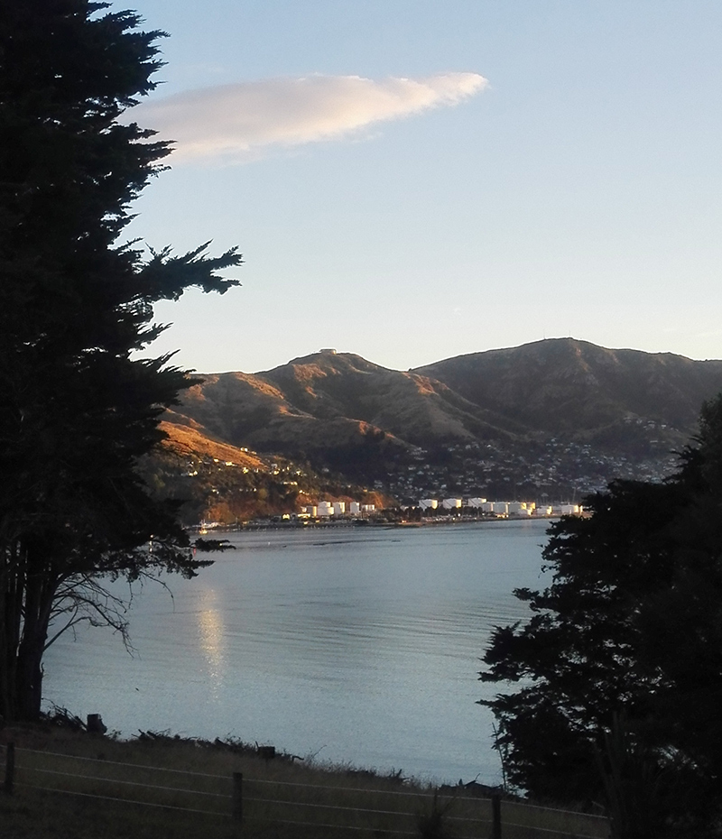The morning of my return to Lyttelton: a good time to paddle.