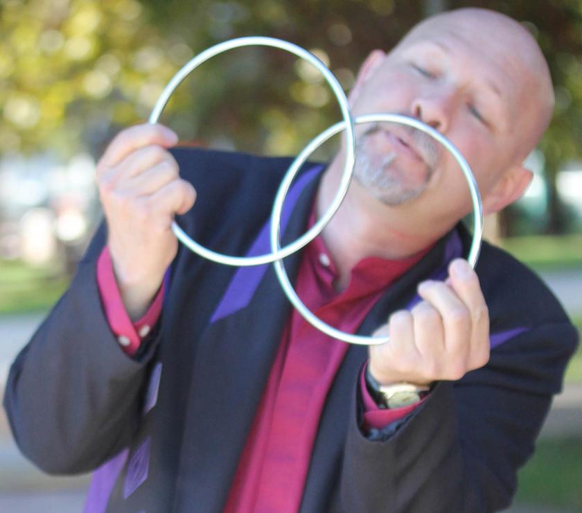 Linking 2 Rings.jpg