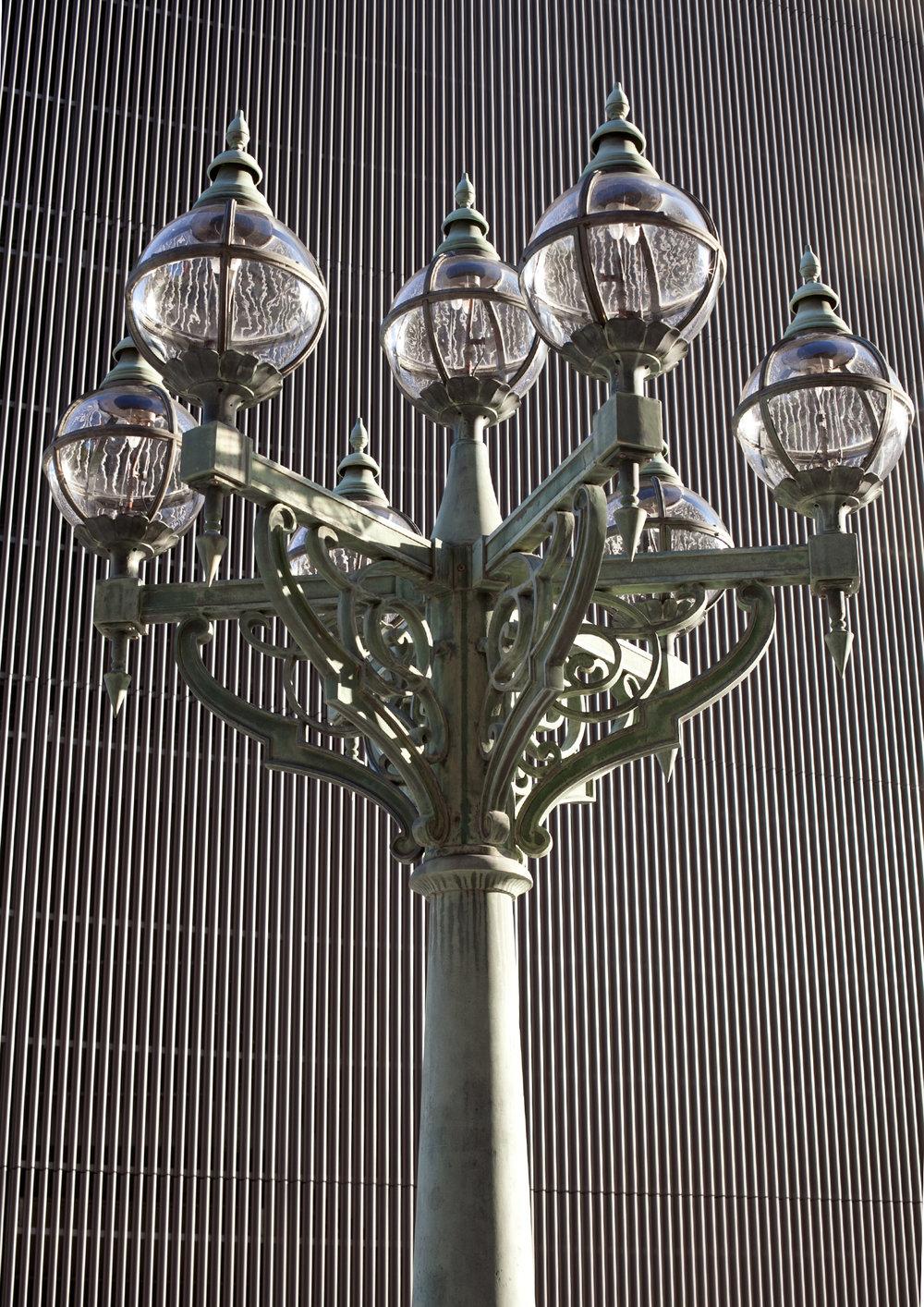 lamppost 1400px.jpg