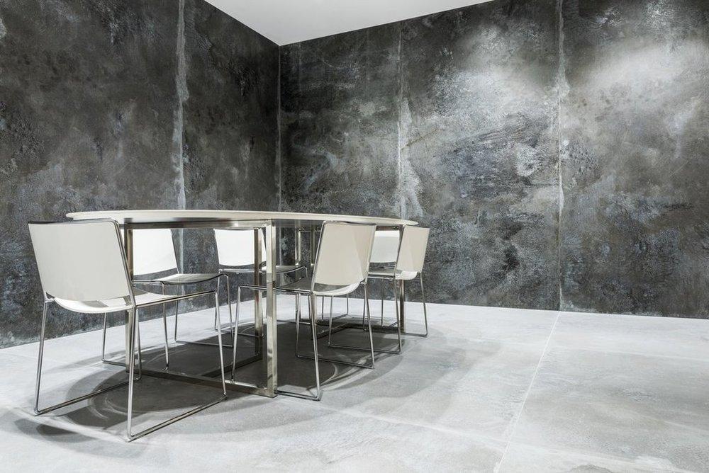 FMG Porcelain Tiles MaxFine IronnBlack flooring and wall.jpg