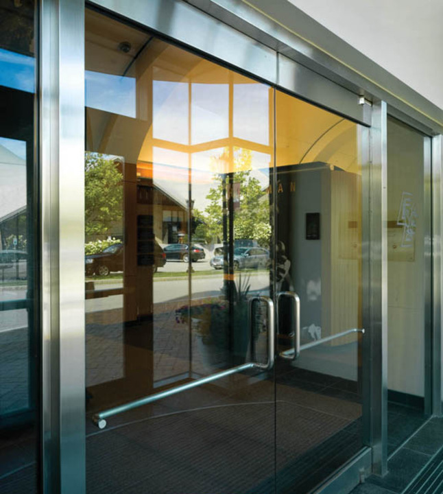 Glass Doors   Narrow Stile Balanced Doors 5