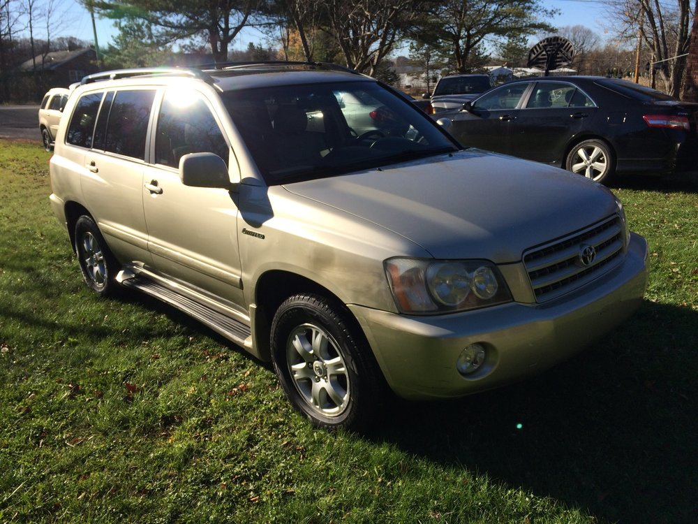 2003 TOYOTA HIGHLANDER LIMITED  $7495 -