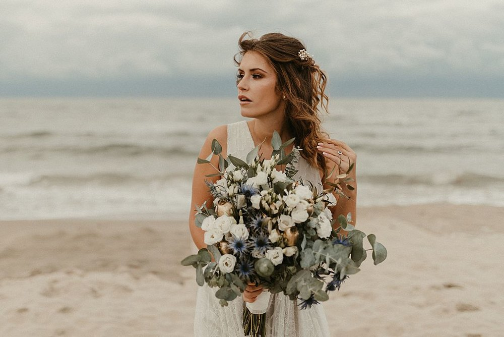 A-blue-and-gold-beach-bridal-wedding-shoot-jessi-and-markus-photo-and-film-10.jpg