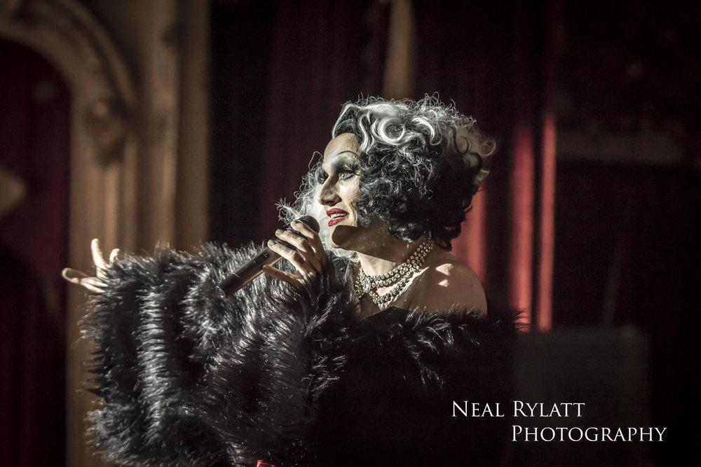 Burlesque Noir Joe Black 1.jpg