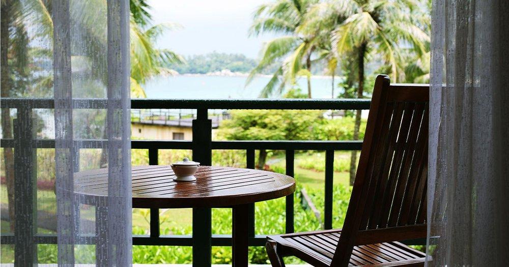 hotel-eco-friendly-1553115004894.jpg