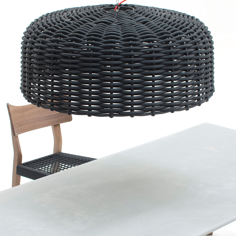gervasoni sweet - Suspension lamp woven with matt black or glossy white PVC, 18 W, 220 Volt.