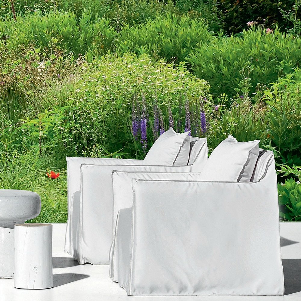 gervasoni gHOSTOUT 05 - Armchair for outdoor use,One back cushion 50x50 cm. Removable covers in White Linen.