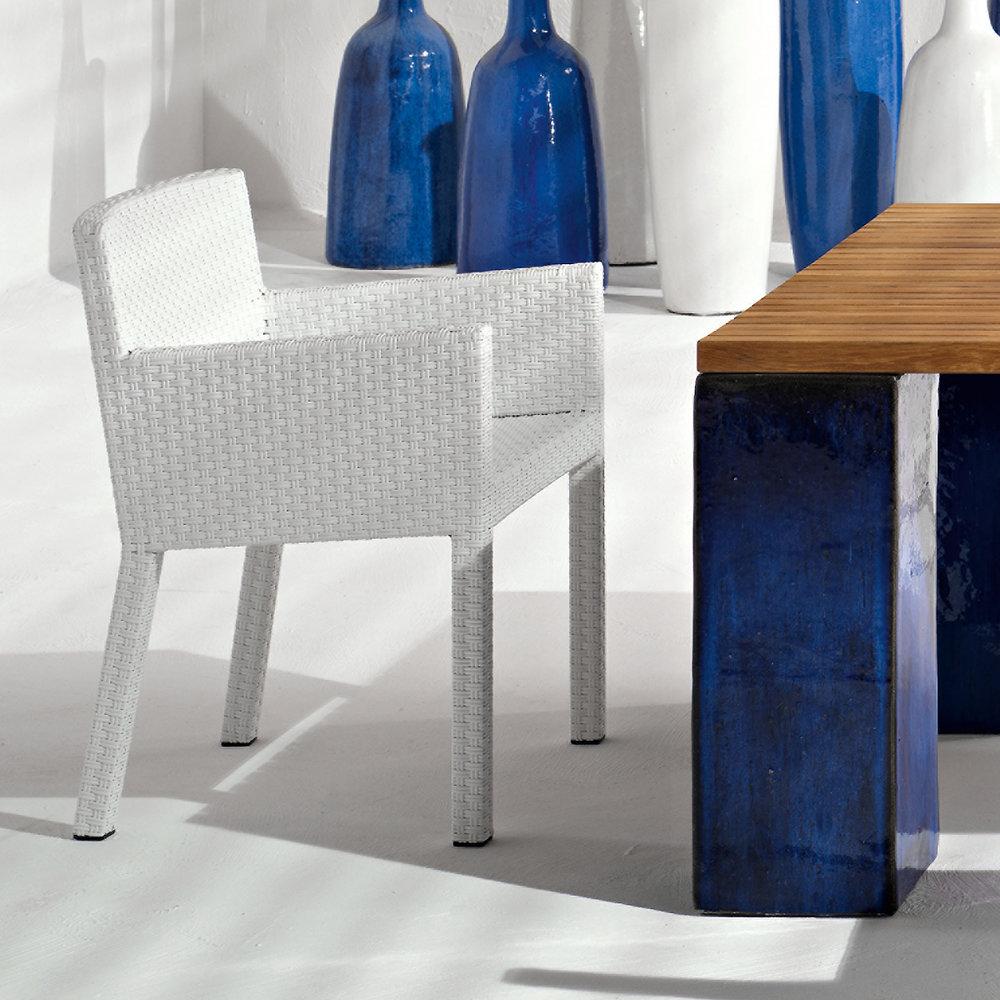 gervasoniINOUT 224 - Armchair in handwoven white-grey polyethylene, aluminium frame.