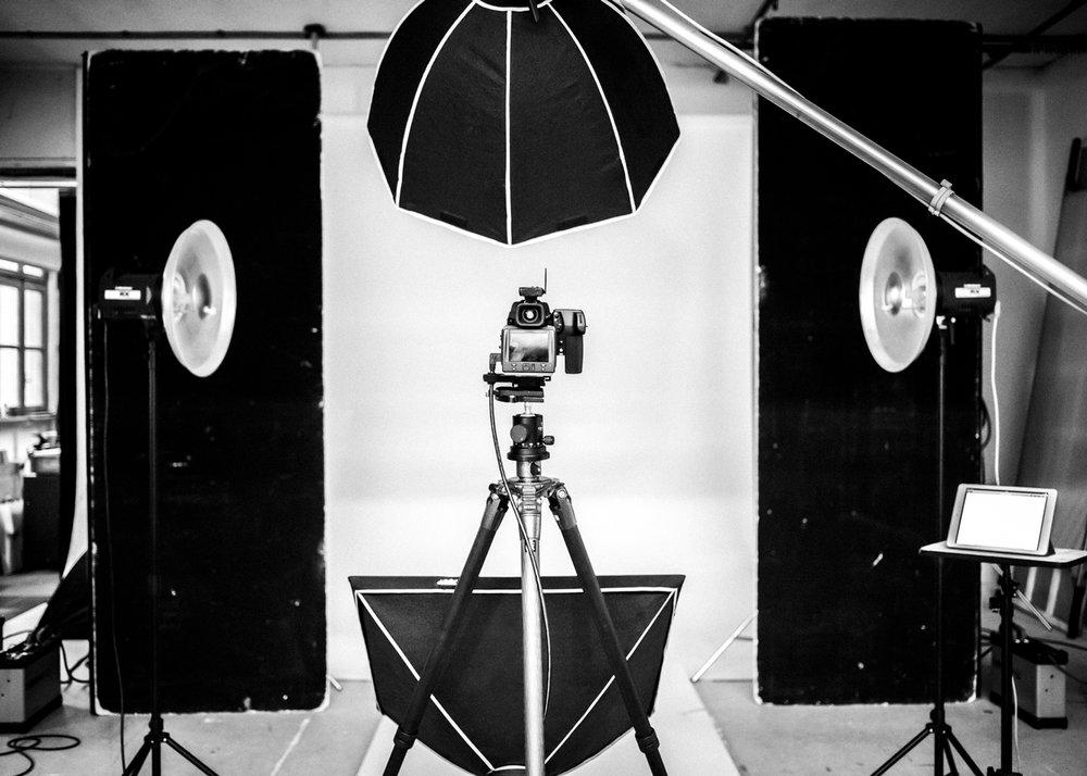 Photography Services - ArchitecturalCorporate EventsCorporate HeadshotsInteriorsLifestyle & ReportagePortraits