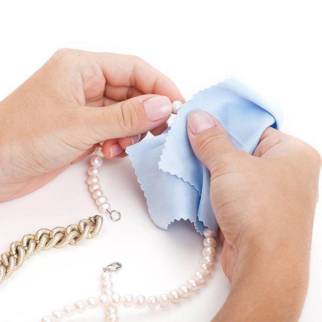 Avoid pearls coming into contact with perfume and moisturisers.