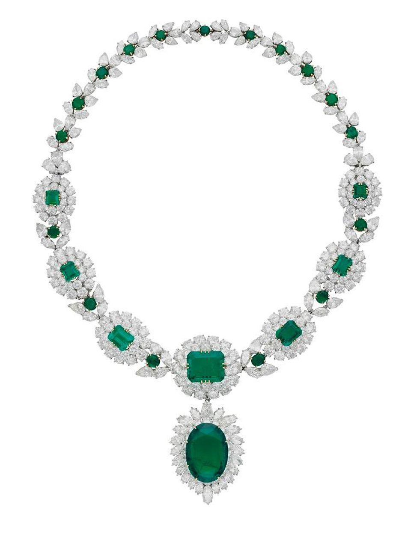 Emerald Diamond Necklace.jpg