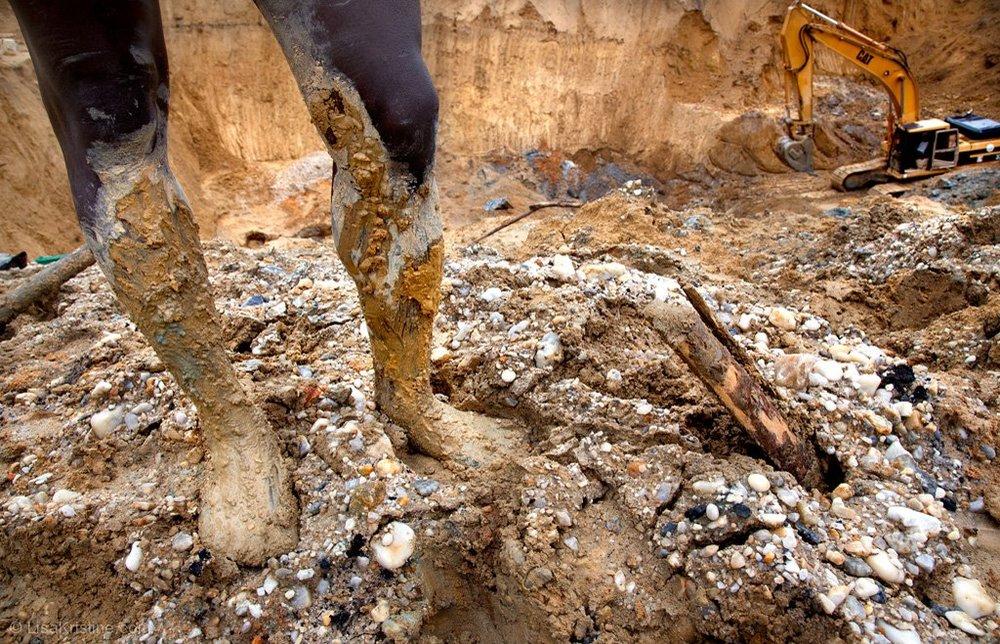 lisa_kristine_com-mounds-of-gold-ghana.jpg