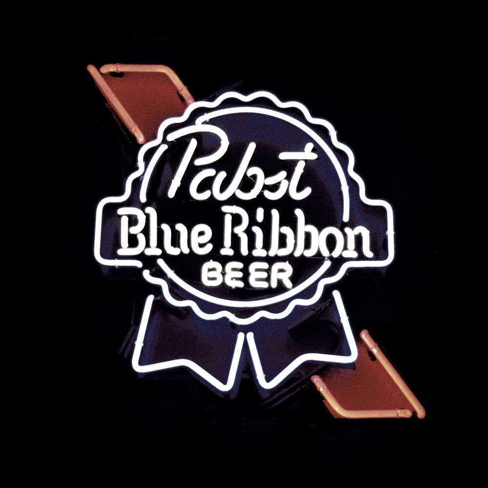 Wednesday:9:30pm - 1:30am$5.50 PBR Tallboys - Senior Dog shows us how to mix music and drinks, switching between his favourite consumables, and the irresistible specials!