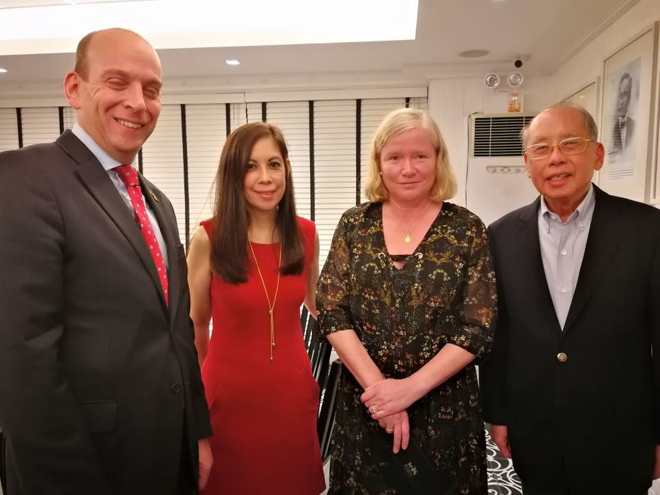 Sandie Squillantini, her father (Ricardo Romulo), British Ambassador Daniel Pruce and wife