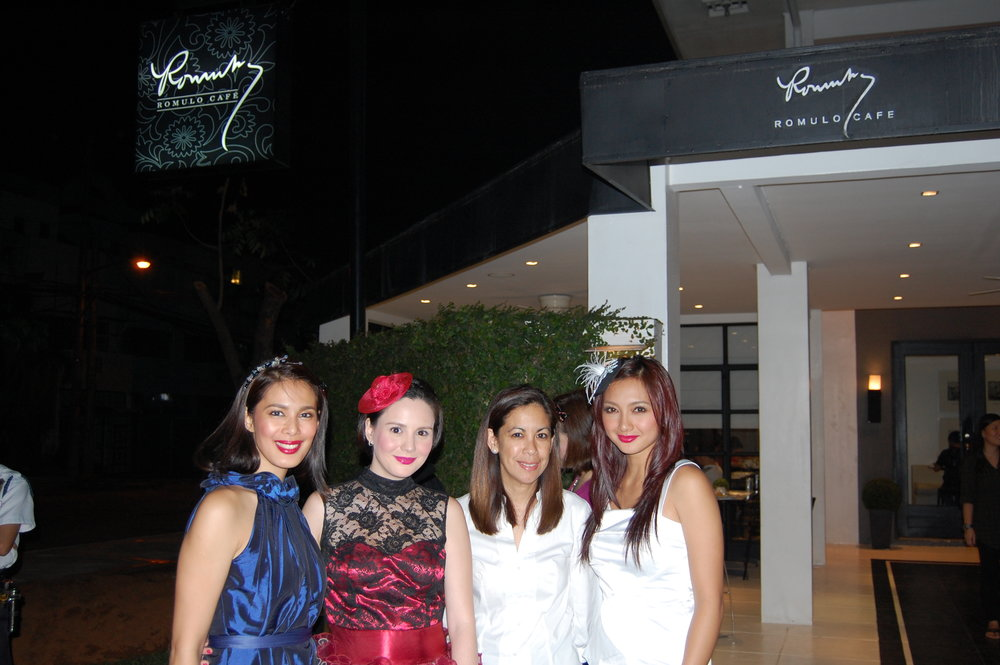 With Angel Aquino, Cheska Garcia, and Iya Villania