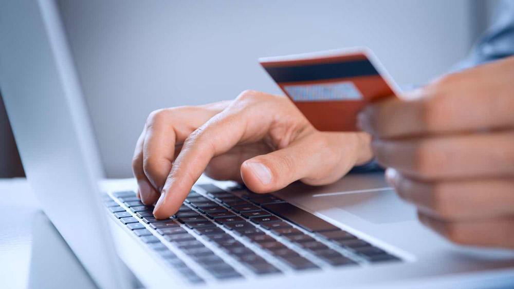 E-commerce - Estar presentes en internet se ha vuelto una obligación. Nosotros le ofrecemos un enfoque actualizado para operar negocios en las nuevas plataformas digitales, brindando omnicanalidad entre el sitio web, marketplaces, tiendas físicas y fuerza de ventas, entre otros.