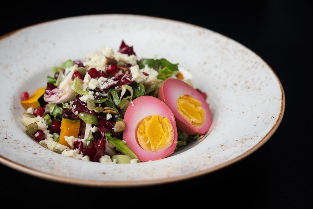 Autumn Cobb – Beet Stained Egg, Gorgonzola, Romaine, Squash, Pomegranate seeds, Toasted Pepitas, Red Wine Vinaigrette_9.20.18__Chip Klose1.jpg