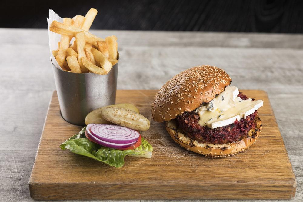 Katchkie beet burger_9.28.18_Ben Hider2.JPG