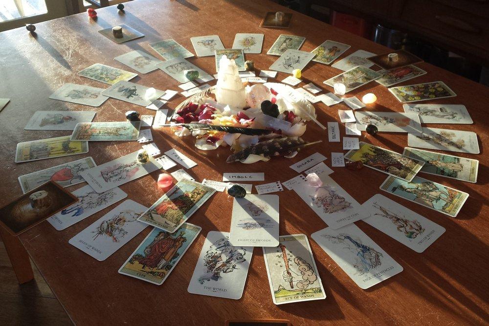 tarot reading spread 13 moons magic ritual