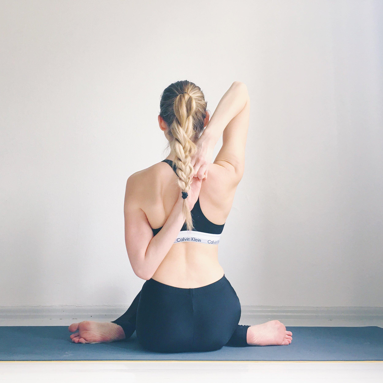 rinkaessel yoga gokumhasana
