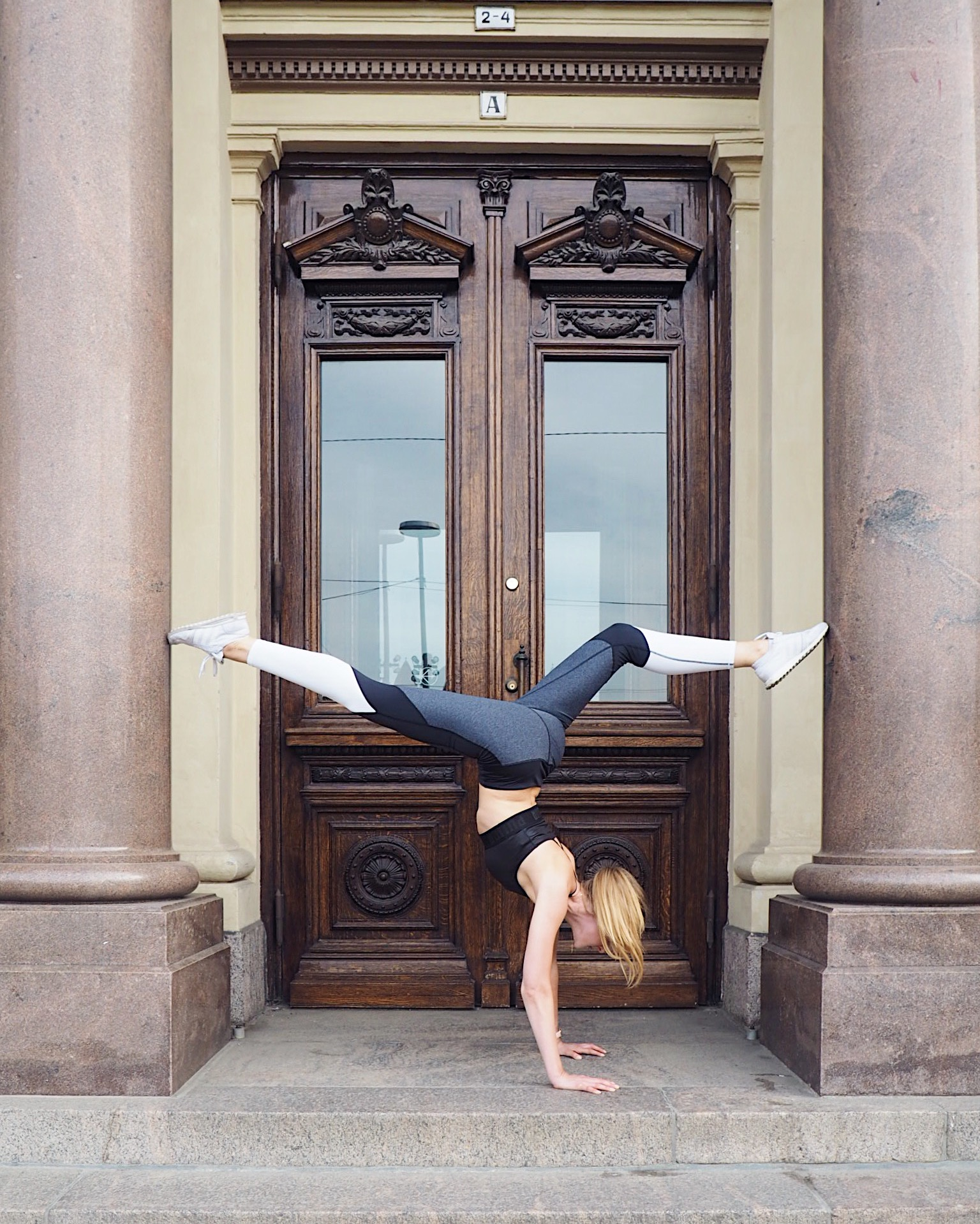 Yoga handstand adidas nike
