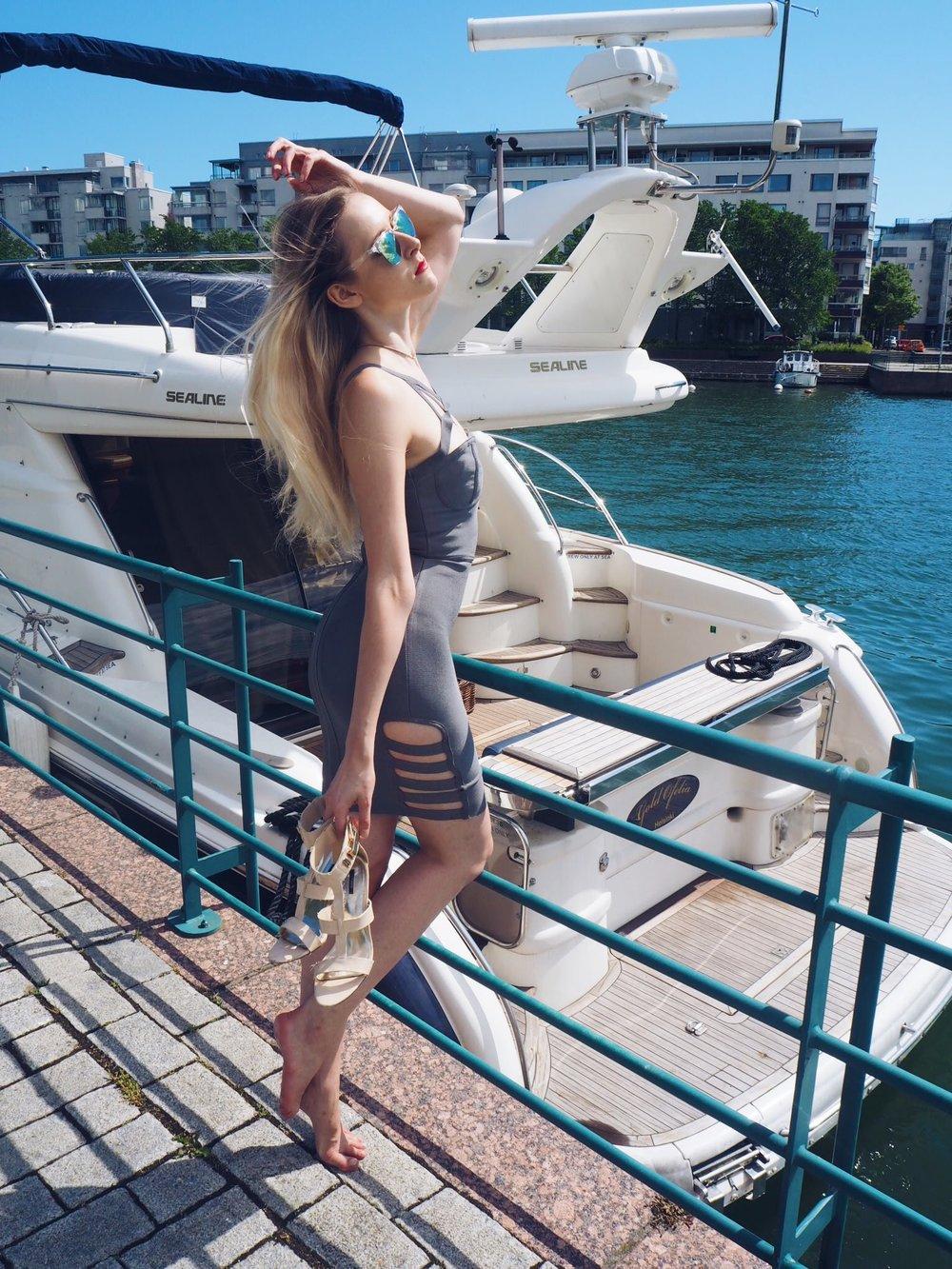 yachtmodel-1.jpg