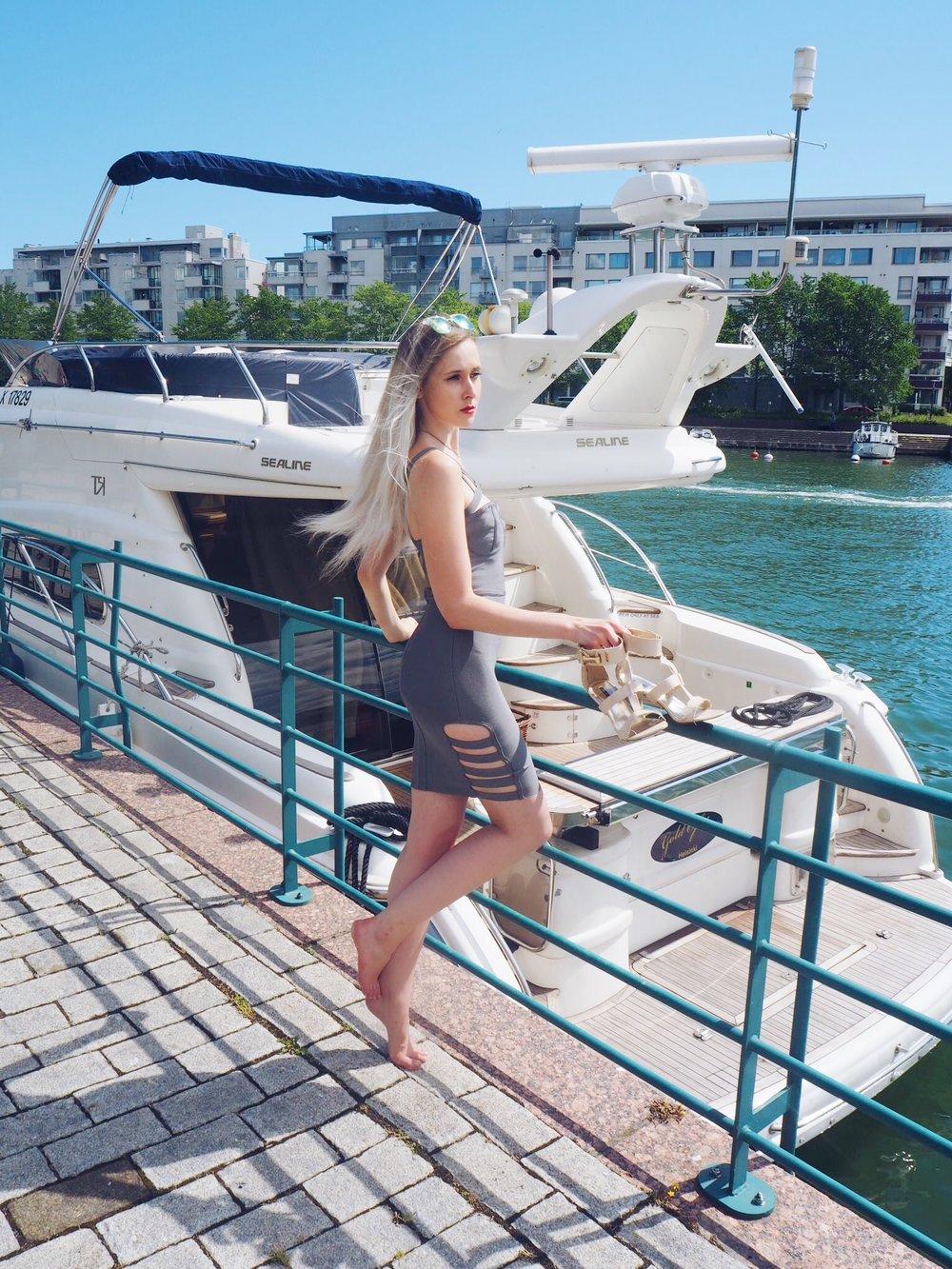 yachtmodel-2.jpg
