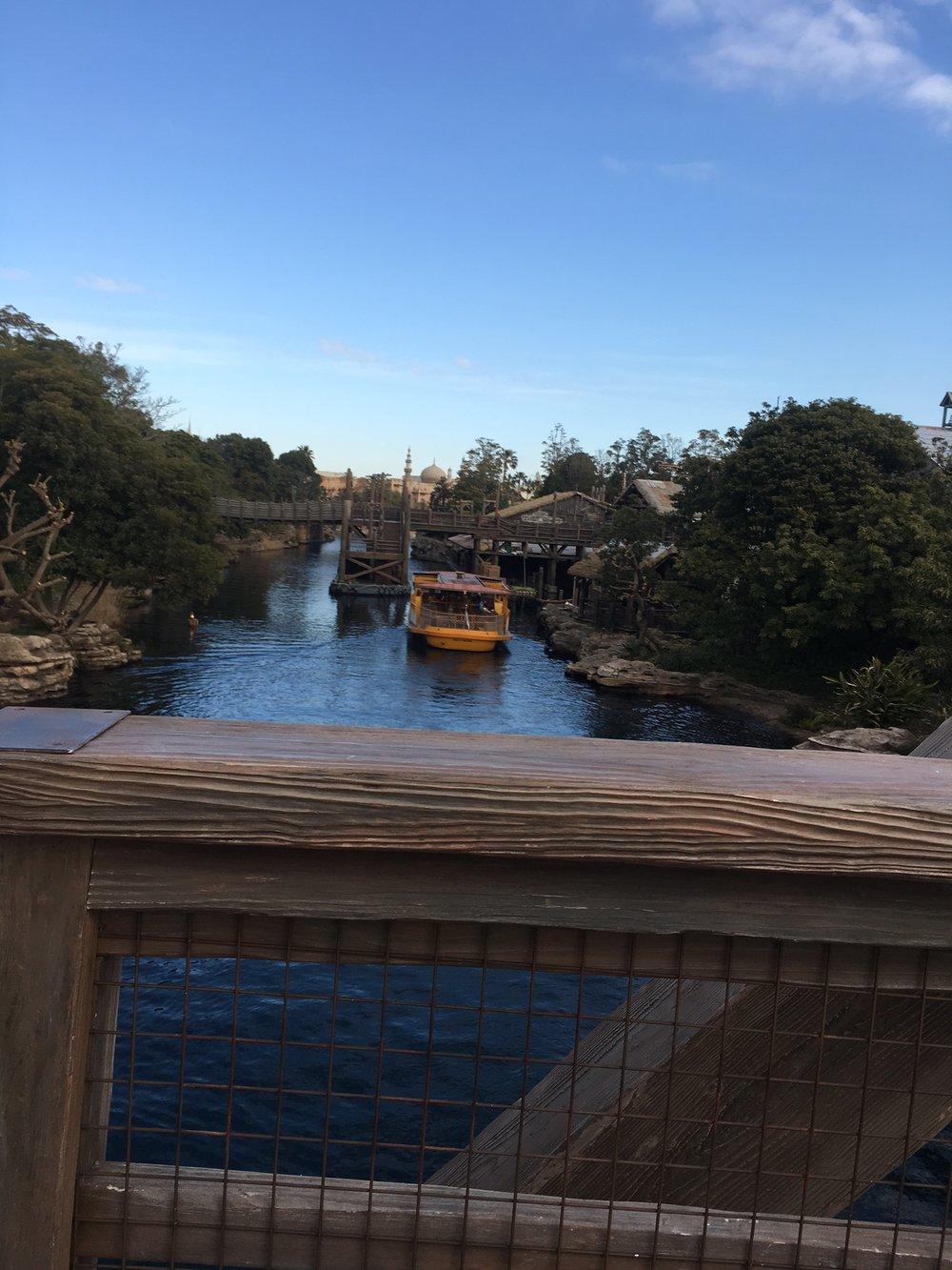 DisneySea-Schuyler-Croy-Ship-Transportation.JPG