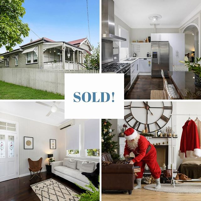 SOLD! 🍾🥂 I'd like to see Santa sneak this one down the chimney! 🤣 Sometimes Santa needs a hand and the elves in #teamharvey are happy to help.  396 Bennetts Road NORMAN PARK is wrapped and ready to go under the Christmas tree 🎄🎁 It will be an extra Merry Christmas for these buyers and sellers 🎅  #thatsalotofwrappingpaper #realestatechristmaselves  #santashannon  #welcomehome  #teamharvey  #shannonharvey  #weloveproperty  #weloverealestate  #realestateaustralia #realestate #realestateaus #homesweethome #propertyinvestment #brisbanerealestate