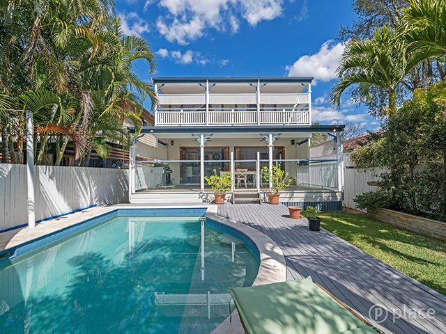 SOLD!  33 Malcolm St, Hawthorne  #welcomehome  #teamharvey  #shannonharvey  #weloveproperty  #weloverealestate  #realestateaustralia #realestate #realestateaus #homesweethome #propertyinvestment #brisbanerealestate