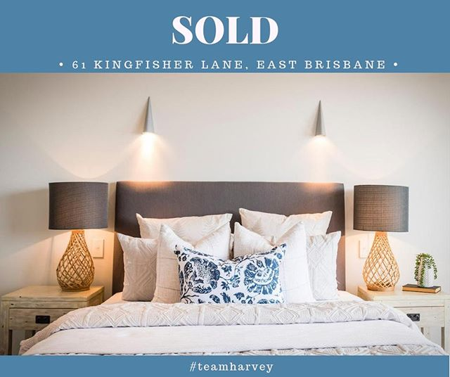 New year, same #teamharvey charging out of the gates and STILL matching people to their perfect place.  Kicking off the summer sales with 61 KINGFISHER LANE, EAST BRISBANE... SOLD!  If you are looking to buy or sell in Brisbane's inner south east, I would love to help you. The inner south east is my 'hood.  Email shannon@eplace.com.au  #pickme #imyouragent #propertymatchmaker  #eastbrisbane #bulimba #balmoral  #camphill #coorparoo #hawthorne #morningside #sevenhills #normanpark #sold #welcomehome  #shannonharvey  #weloveproperty  #weloverealestate  #realestateaustralia #realestate  #realestateaus #homesweethome #propertyinvestment #brisbanerealestate