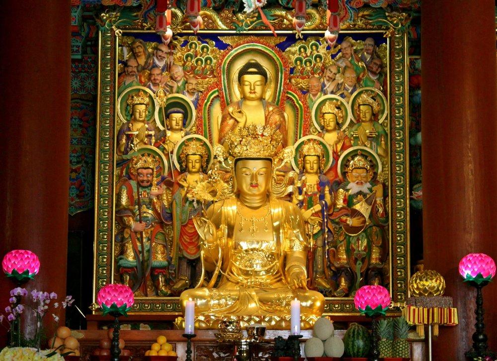 vietnam-temple.JPG