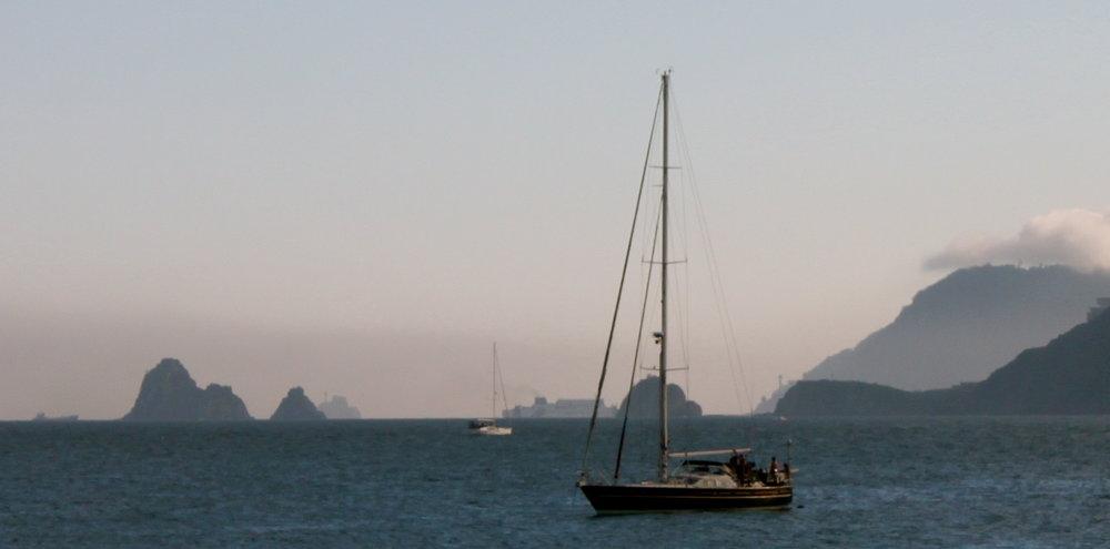 busan-korea-sailing.JPG