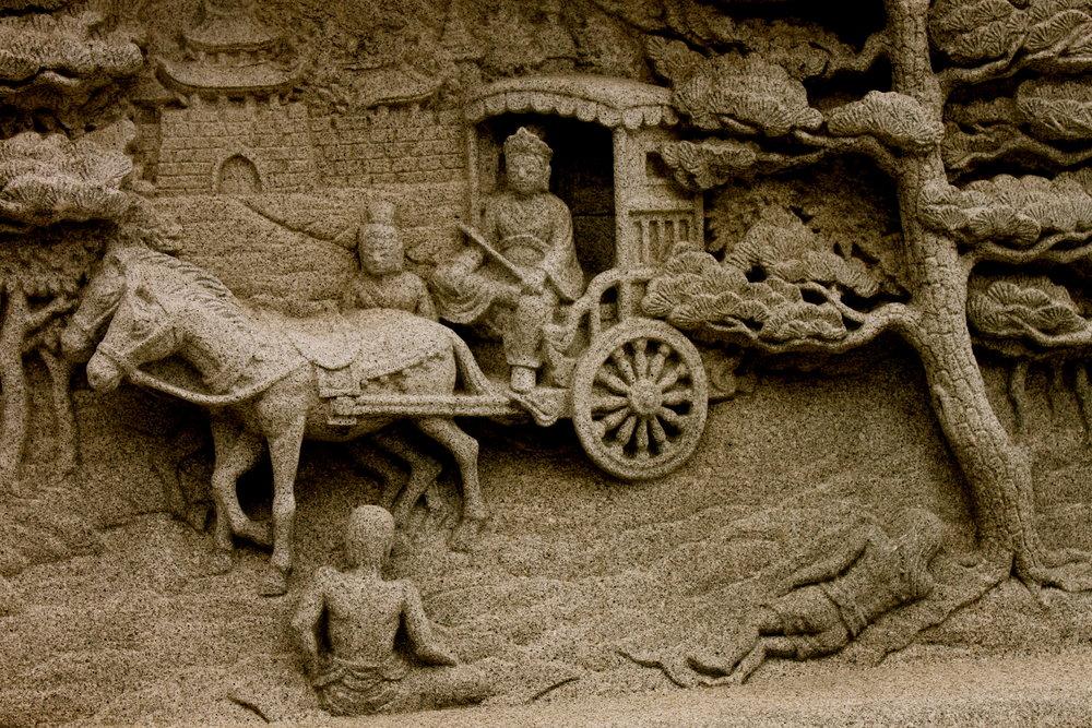 korea-temple-sculpture3.JPG