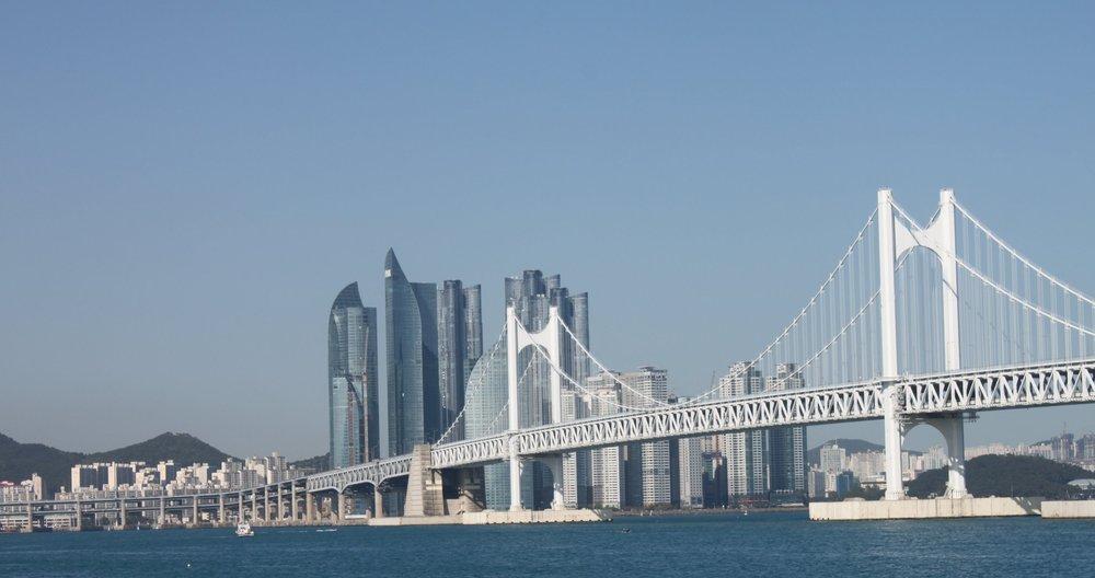 busan-bridge-skyline.JPG