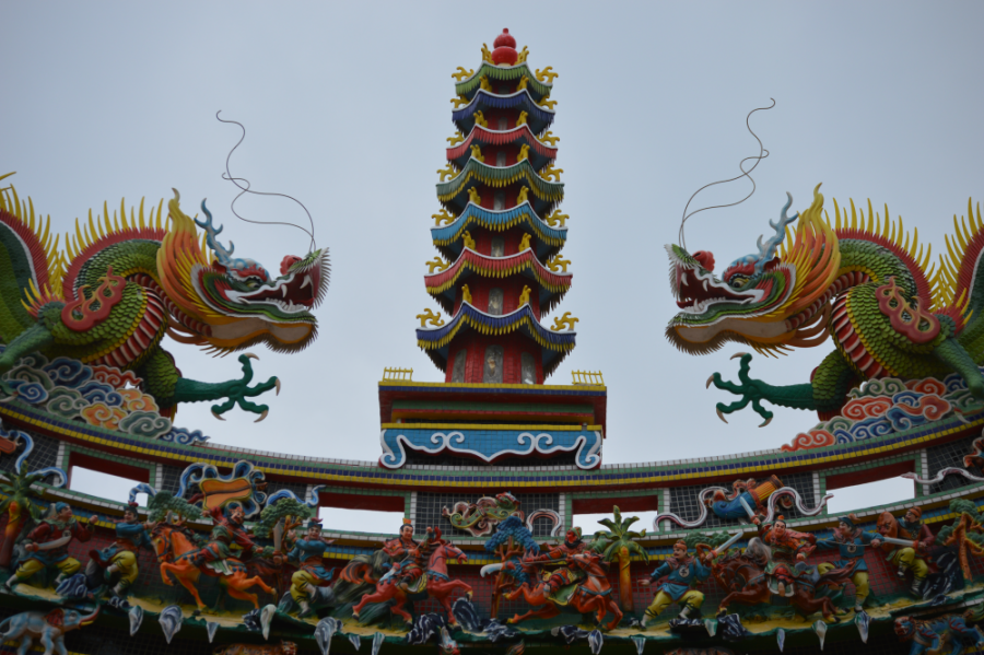 taitung-temple-dragons.png