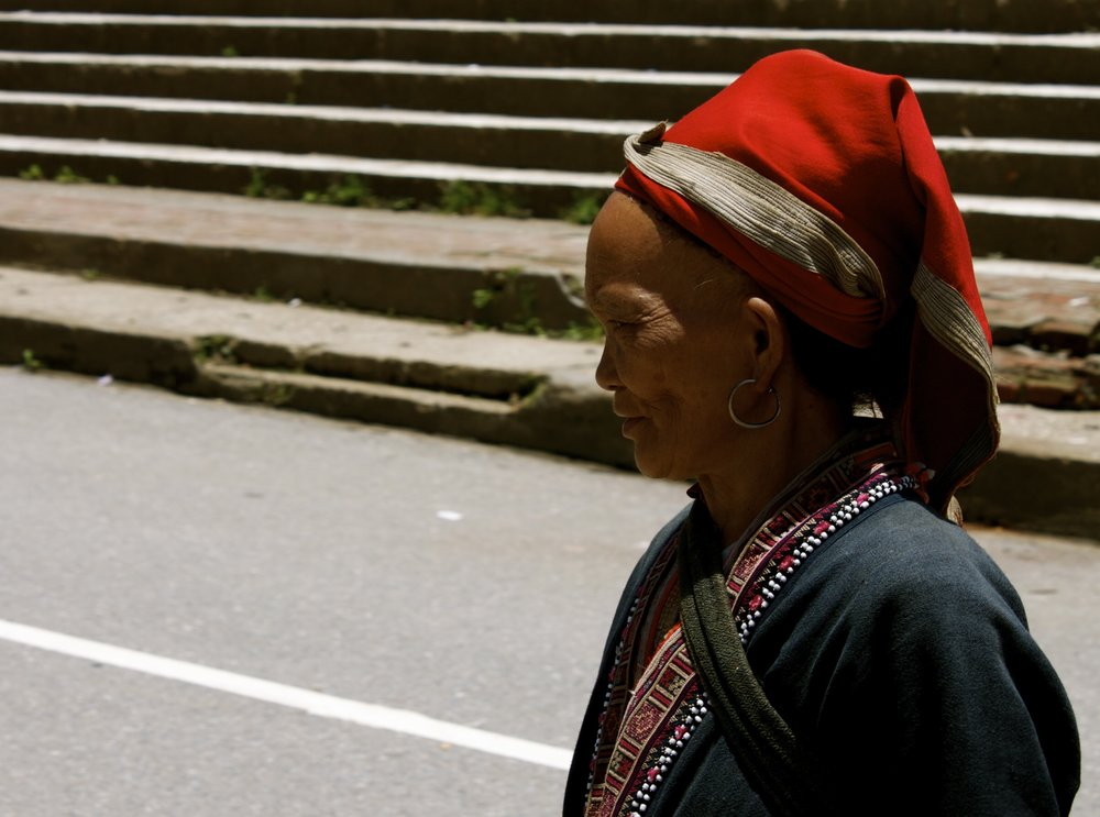 Red_Hmong_Woman2_Cropped.jpg