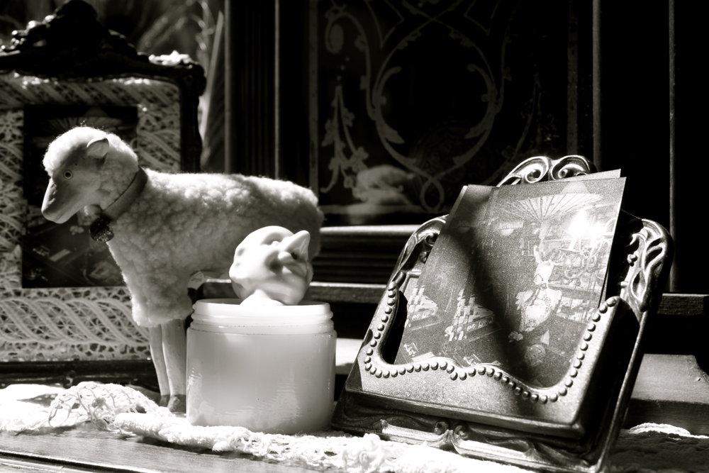 antiques-vancouver-blackandwhites.JPG