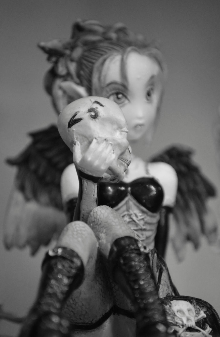 whistler-fantasy-figurine.jpg
