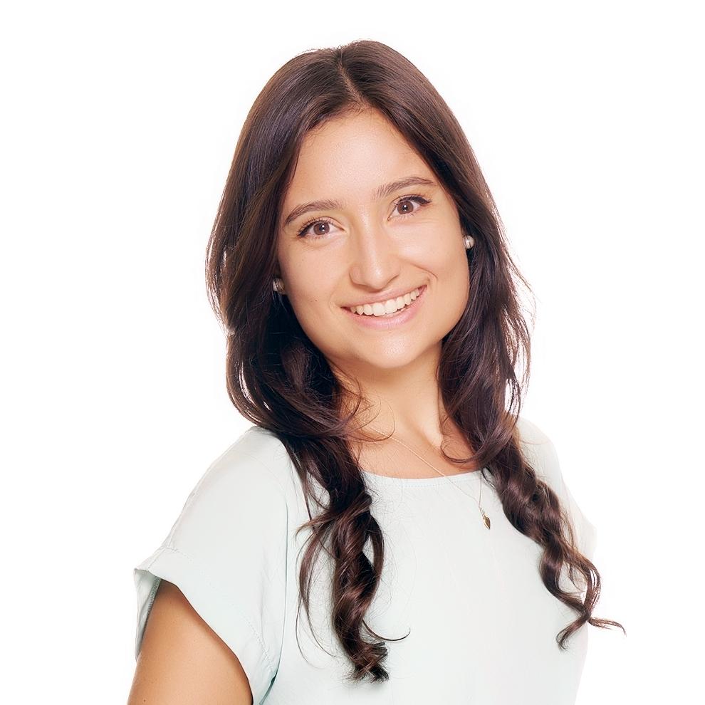 Farah Palomas - Registered Dietitian