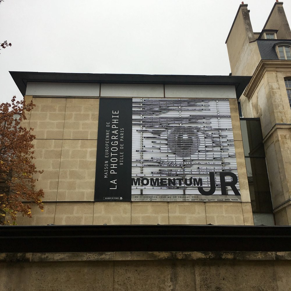"photo mouche cousue - expo ""Momentum"" de JR"