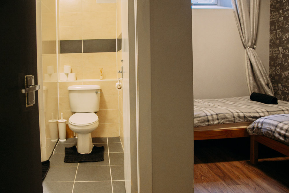 Twin private/ensuite - A twin room with ensuite bathroom.