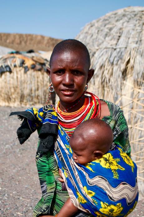 Mother from the El Molo tribe, Lake Turkana, Kenya