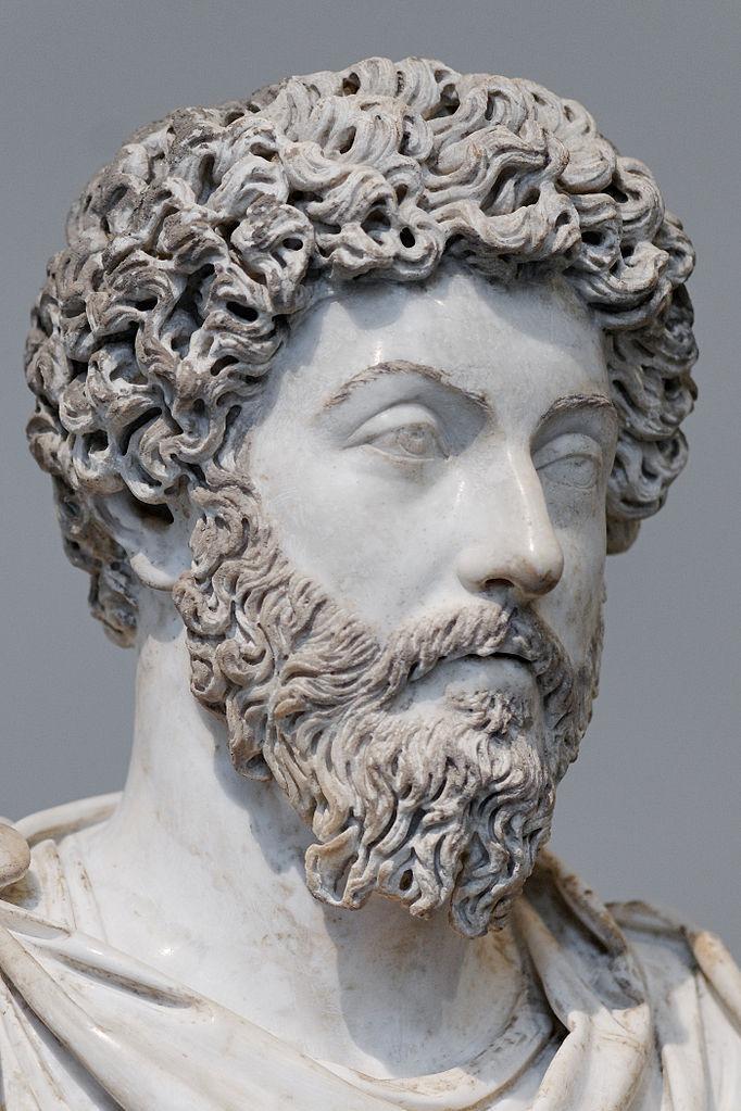 682px-Marcus_Aurelius_Louvre_MR561_n01.jpg.fa811911fc56f32cac0b310371c13406.jpg