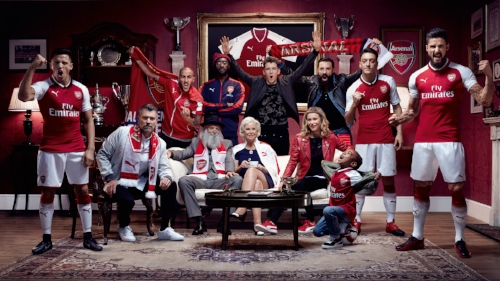 Nigel, centre, with the 'Arsenal family' for the launch of the 2017/18 kit