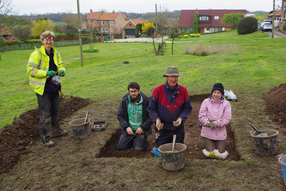 Community Arch dig at Low Worsall 2016.jpg