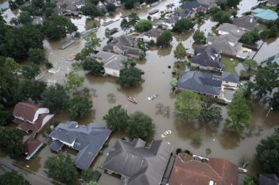 Flooded-homes-Lake-Houston-TX.jpg