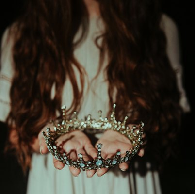 rocking my crown.jpg