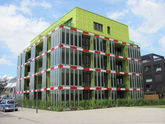 Building, with active microalgae façade, designed by Bio Intelligent Quotient.